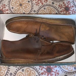 Men's Beeswax  size 11  real chukkas  leather